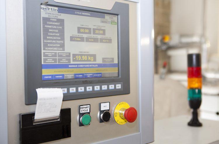 Sterilwave 250, permettant d'éditer des tickets assurant une traçabilité totale des DASRI