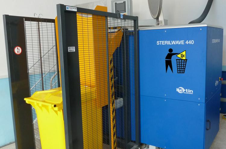 Processus de déchargement de conteneurs de déchets